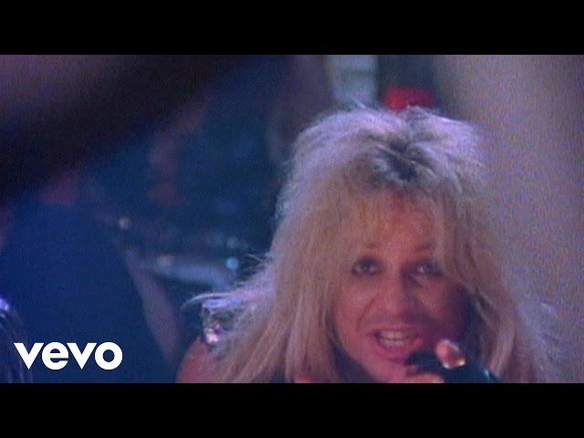 """Vídeo oficial de """"Girls Girls Girls"""" de Mötley Crüe"""