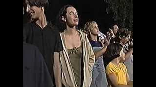 MARIA DA PIEDADE Cantigas da Rua  2.avi