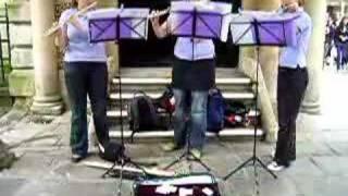 Reading University Flute Trio: Mozart Menuetto