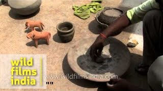 Traditional pot making technique from India