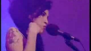 Amy Winehouse - Me and Mr Jones (Live)