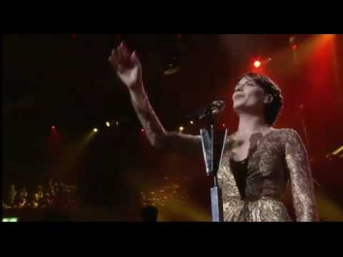florence-the-machine-heartlines-live-royal-albert-hall-maximdoolaard380