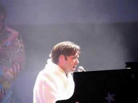 rufus-wainwright-danny-boy-casino-de-paris-2007-isa-tagada