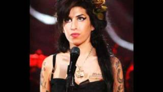 Amy Winehouse - Me And Mr Jones (Live Itunes Festival)