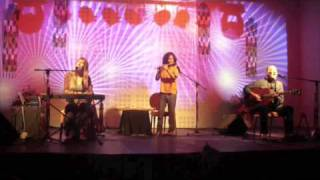 Deva Premal, Miten & Manose - Aad Guray ~ excerpt (live in Bucharest, 1.10.2010)