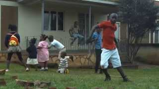 Ghetto Kids of sitya loss Dancing Jambole by Eddy Kenzo [Please do not re-upload]
