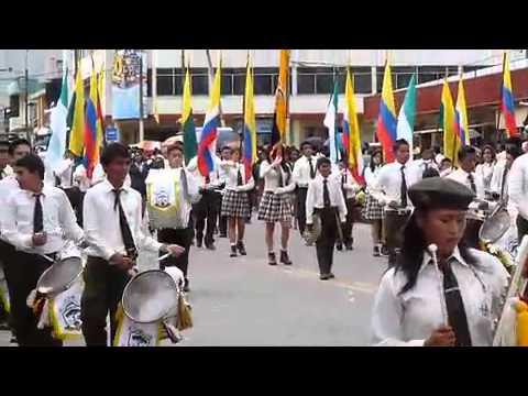 Tena – Desfile de 15 Noviembre 2010 – UNEXPA – Unidad Amazonica