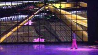 Holiday on Ice show Tropicana feat. Barry Manilow hit Mandy