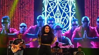 Kala Chashma -Full Song | Neha Kakkar Live perfomance in Dhaka