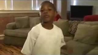 Little kid sings Dear mama