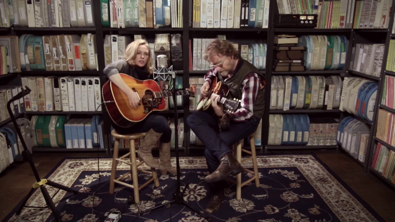 Tift Merritt - Dusty Old Man :: Music :: Video :: Tift