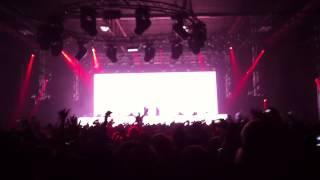 W&W & Ummet Ozcan - The Code (live)