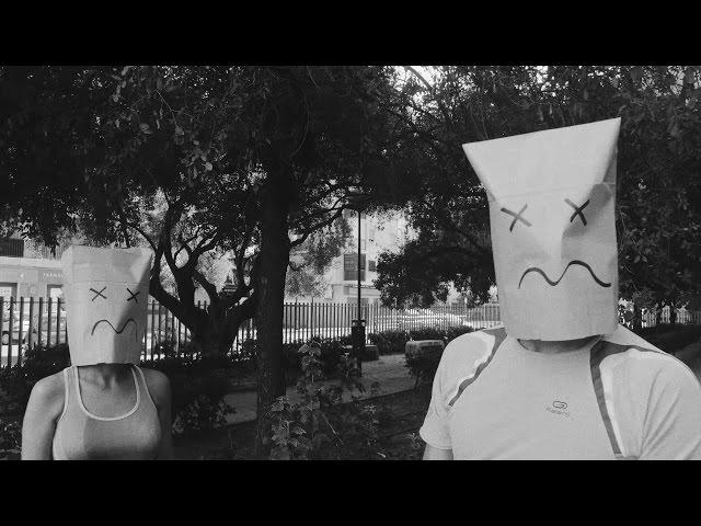 Videoclip ''Sin dejar de sonreir'', de Los Radiadores.