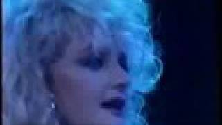 Bonnie Tyler - Holding out for a hero Live