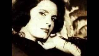 """Amalia Rodrigues  """"Estranha forma de vida""""  Fado"""