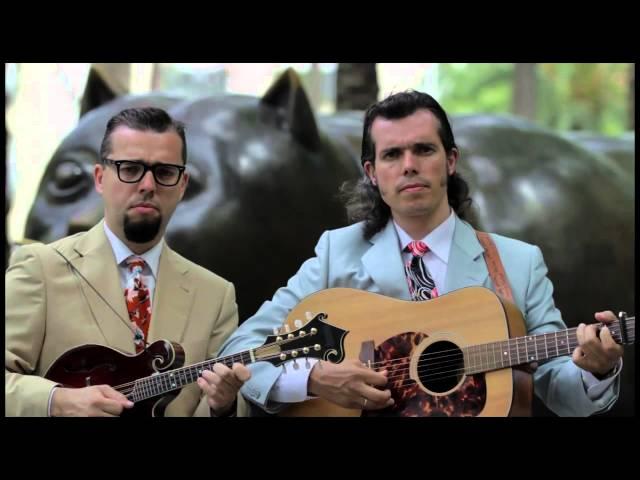 Video oficial de Los Hermanos Cubero La Calle Abajo