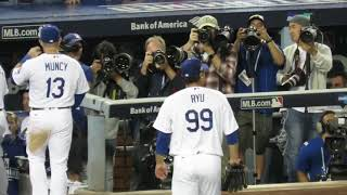 Ryu 류현진 Gets Hugs & Congrats after 7 Shutout NLDS Innings Today!!!