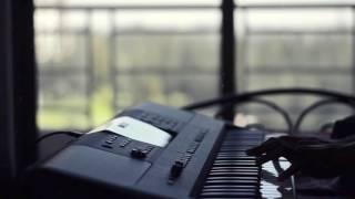 Titanic Intro Cover (Piano) (Yamaha PSR-E453)