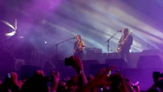 Kings Of Leon - Waste A Moment @Live Out 2016 Monterrey