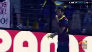 Dani Alves eats banana thrown from public - Dani A