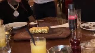 6ix9nine eating food with gold in dubai🤑🤑🤑