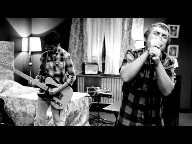 Vídeo musical de 'Promesas que no valen nada' de Iván Ferreiro.