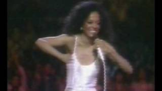 Michael Jackson on stage with Diana Ross @ LA Forum 1981