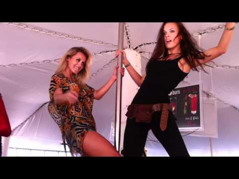 kaZantip Z19 2011 – Girls Dance at UFO BAR !