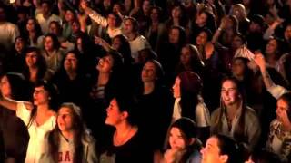 Casi Angeles/ Quase Anjos - Que llegue tu voz (Video Oficial)