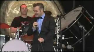 Morrissey - You Have Killed Me (Live @Pinkpop Festival 5 june 2006) HQ