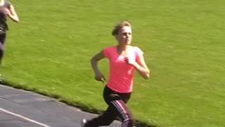 Біг 200 метрів дівчата