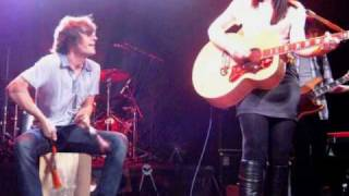 Amy Macdonald - Town Called Malice (The Jam/Paul Weller cover)