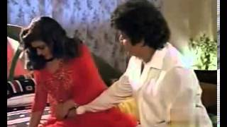 Bhanupriya Sexiest Navel Show and Hot Oil Massage width=