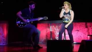 Kelly Clarkson - I'll stand by you. (Live)