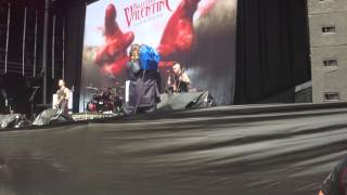 "Bullet For My Valentine - ""Tears Don't Fall"" Live @ Sydney Soundwave 2013"
