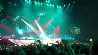 Justin Bieber What Do You Mean? (LIVE Gelredome 9-10-2016)