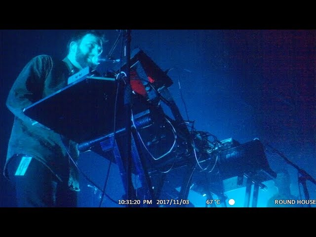 Video en directo de Mount Kimbie 2017