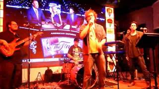 """4Play cover of """"Valerie"""" at Picks 6/12/2017 with Ben  Lawrence"""