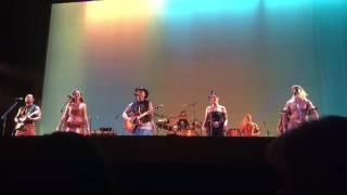 Opetaia Foa'i performing live at Moana