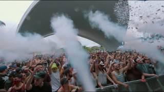 Armin van Buuren et W&W au Beachclub