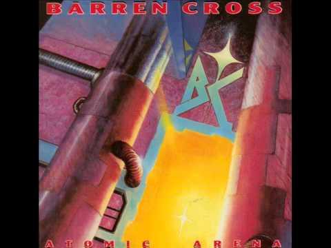 Close To The Edge de Barren Cross Letra y Video
