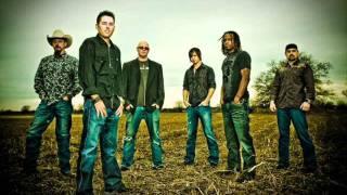 Casey Donahew Band - Fallen (with lyrics)