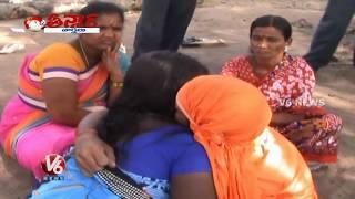 Kissing Baba || Sanjeev Baba || Prodduturu || Teenmaar News || V6 News width=