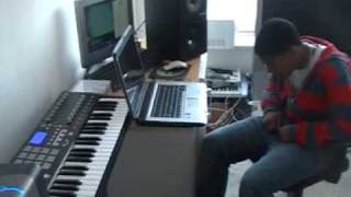 Dj Quatro_Fds + Statuza(Eldron) in Studio,Kuduro Beats Vol 1.MOD