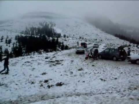 iskenerun atik yaylası üstü, kar ve insan manzaraları... 25 Aralık 2011
