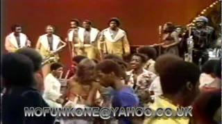 JAMES BROWN & THE J.B.'S -  MY THANG. LIVE TV PERFORMANCE 1974