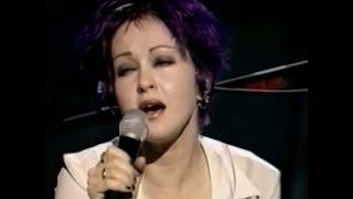 Cyndi Lauper - True Colors (Live VH1)
