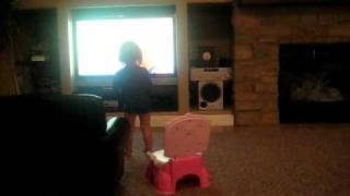 Tatum dancing to the potty song