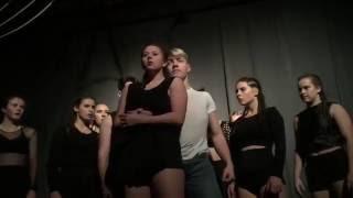 """"""" Tremors """"by SOHN // Choreography by Manon Bardou"""
