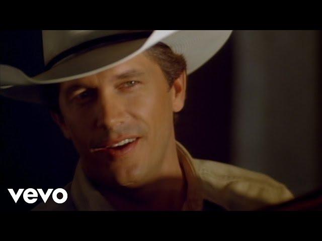 video oficial del directo del tema heartland de george strait